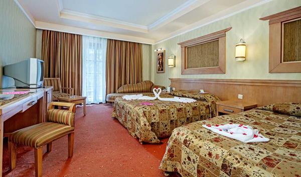https://aventur.ro/assets/media/imagini_hoteluri/KEJEKA/KEJEKA-HotelPict17-15857.jpg