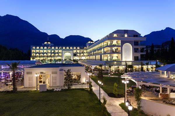 https://aventur.ro/assets/media/imagini_hoteluri/KEKARM/KEKARM-HotelPict3-12017.jpg