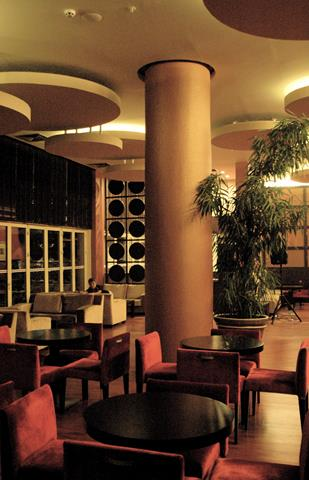 https://aventur.ro/assets/media/imagini_hoteluri/KELCOE/KELCOE-HotelPict11-9119.jpg