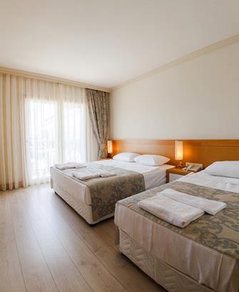 https://aventur.ro/assets/media/imagini_hoteluri/KELCOE/KELCOE-HotelPict21-12284.jpg