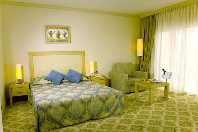 https://aventur.ro/assets/media/imagini_hoteluri/KELCOE/KELCOE-HotelPict6-9114.jpg