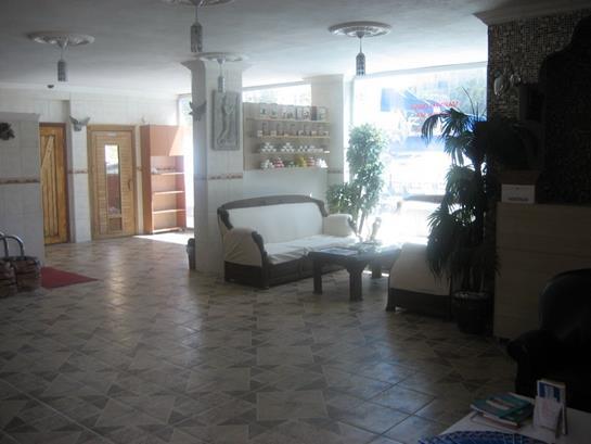 https://aventur.ro/assets/media/imagini_hoteluri/KEMADI/KEMADI-HotelPict15-12428.jpg