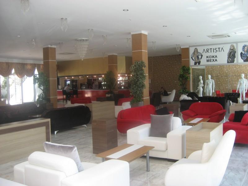 https://aventur.ro/assets/media/imagini_hoteluri/KEMADI/KEMADI-HotelPict3-9148.jpg
