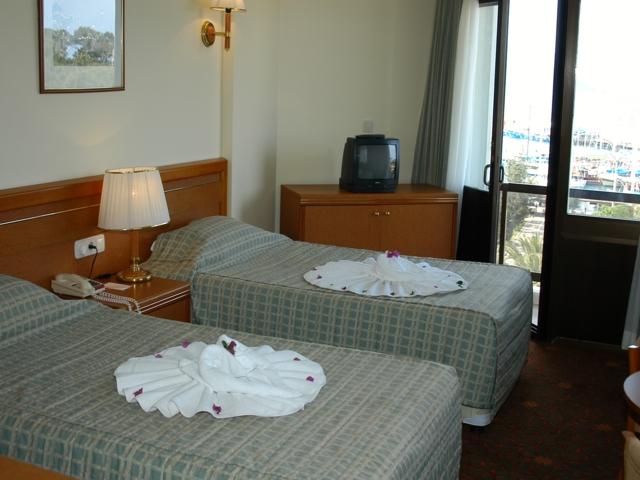 https://aventur.ro/assets/media/imagini_hoteluri/KEMARI/KEMARI-HotelPict2-6534.jpg