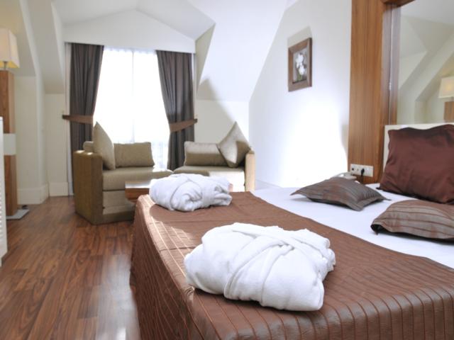 https://aventur.ro/assets/media/imagini_hoteluri/KEMEDE/KEMEDE-HotelPict2-4210.jpg