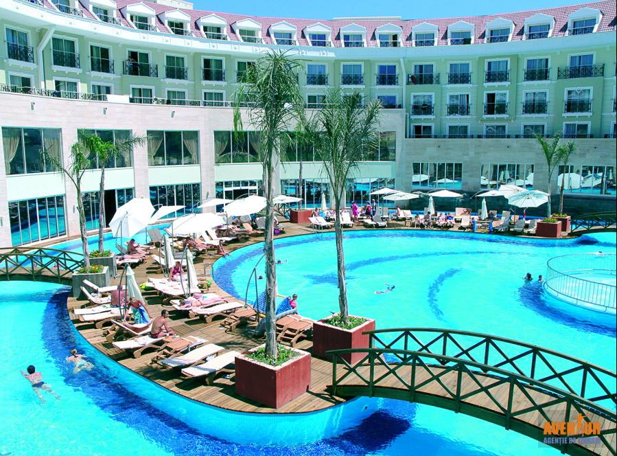 https://aventur.ro/assets/media/imagini_hoteluri/KEMEDE/Kemer_Meder_Resort_Hotel_1.jpg
