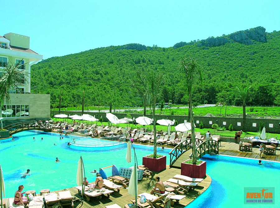 https://aventur.ro/assets/media/imagini_hoteluri/KEMEDE/Kemer_Meder_Resort_Hotel_2.jpg
