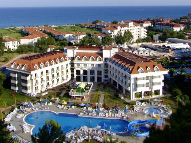 https://aventur.ro/assets/media/imagini_hoteluri/KEMIRA/KEMIRA-HotelPict1-4218.jpg