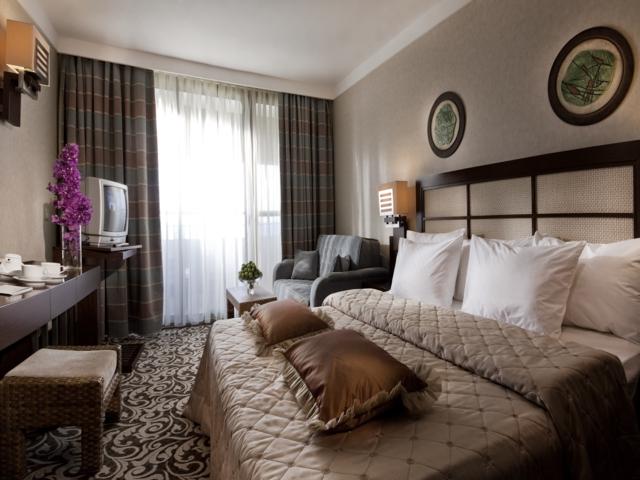 https://aventur.ro/assets/media/imagini_hoteluri/KEMIRD/KEMIRD-HotelPict2-4228.jpg