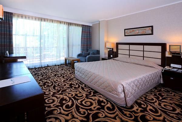 https://aventur.ro/assets/media/imagini_hoteluri/KEMIRD/KEMIRD-HotelPict24-12451.jpg