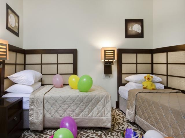 https://aventur.ro/assets/media/imagini_hoteluri/KEMIRD/KEMIRD-HotelPict7-4233.jpg