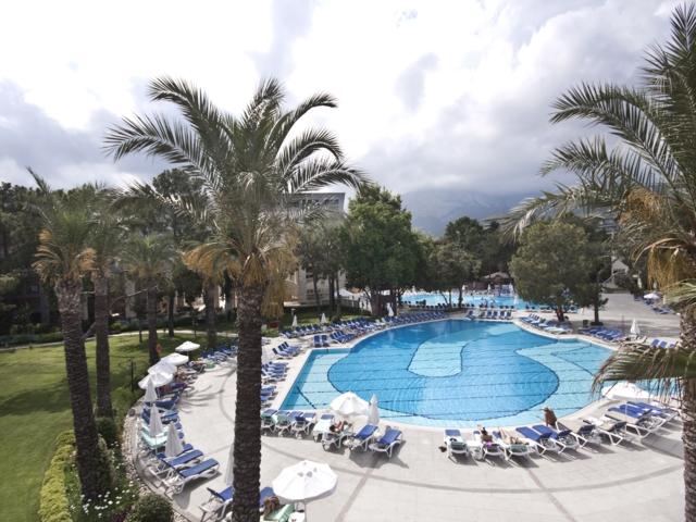 https://aventur.ro/assets/media/imagini_hoteluri/KEMIRD/KEMIRD-HotelPict8-4234.jpg