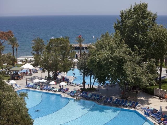 https://aventur.ro/assets/media/imagini_hoteluri/KEMIRD/KEMIRD-HotelPict9-4235.jpg