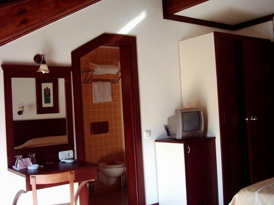 https://aventur.ro/assets/media/imagini_hoteluri/KENAR/KENAR-HotelPict13-12475.jpg