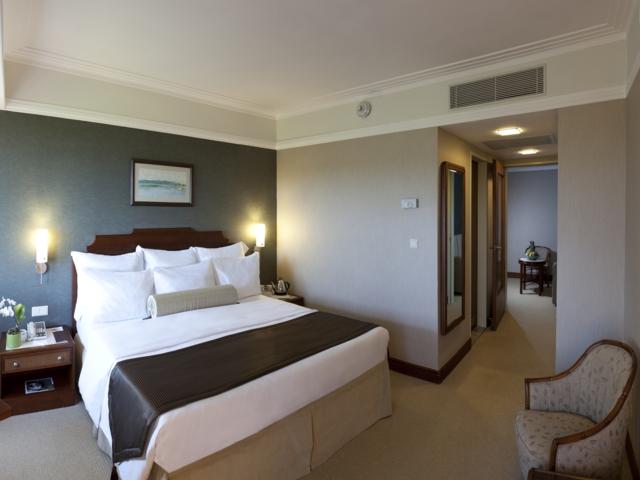 https://aventur.ro/assets/media/imagini_hoteluri/KERENA/KERENA-HotelPict6-4293.jpg