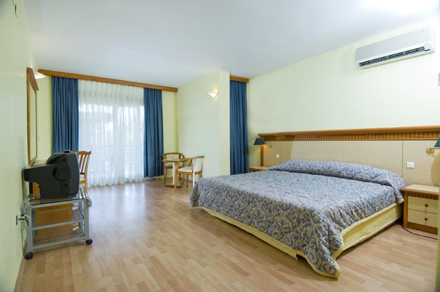https://aventur.ro/assets/media/imagini_hoteluri/KESIME/KESIME-HotelPict2-21501.jpg