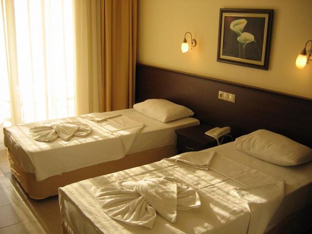 https://aventur.ro/assets/media/imagini_hoteluri/KESTAB/KESTAB-HotelPict4-8454.jpg
