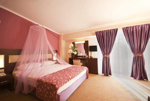 https://aventur.ro/assets/media/imagini_hoteluri/KEWHIT/KEWHIT-HotelPict8-15760.jpg