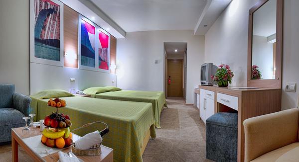 https://aventur.ro/assets/media/imagini_hoteluri/KUADA/KUADA-HotelPict4-12542.jpg
