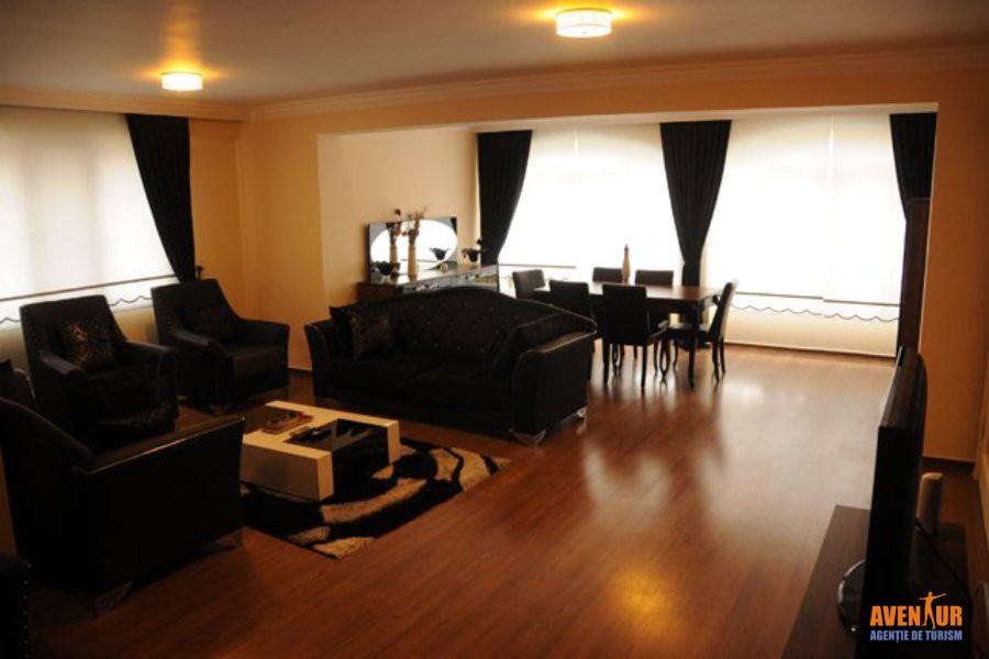 https://aventur.ro/assets/media/imagini_hoteluri/KUADTA/Kusadasi_Ada_Tatil_Evleri_Villa_Hotel_2.jpeg
