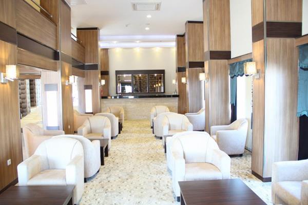 https://aventur.ro/assets/media/imagini_hoteluri/KUALIS/KUALIS-HotelPict4-12558.jpg
