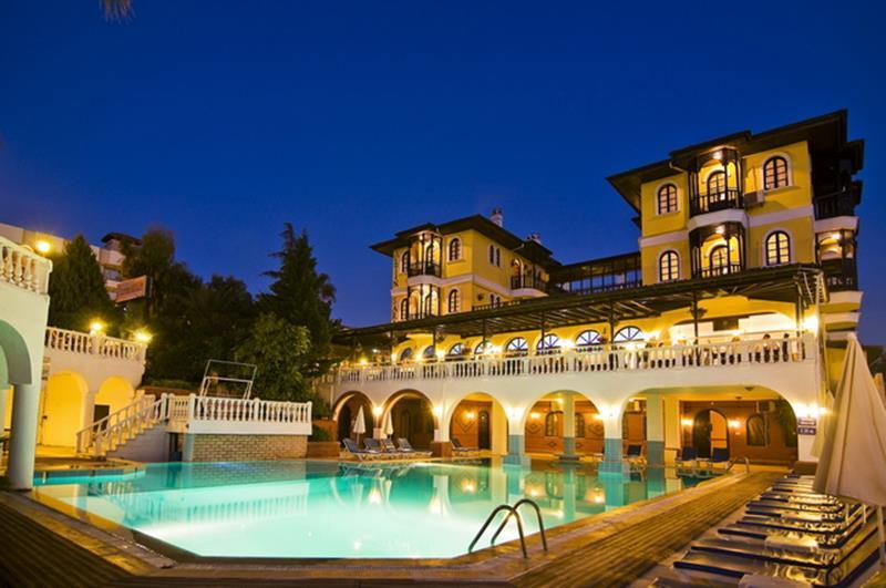 https://aventur.ro/assets/media/imagini_hoteluri/KUALTI/KUALTI-HotelPict1-22632.jpg