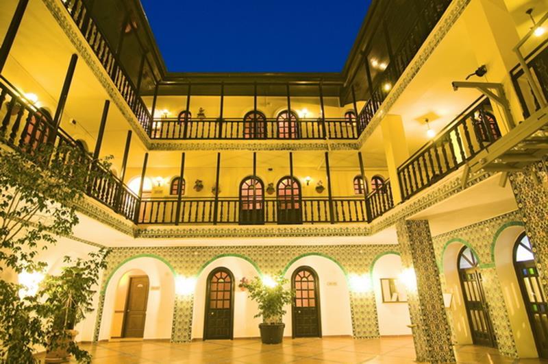 https://aventur.ro/assets/media/imagini_hoteluri/KUALTI/KUALTI-HotelPict2-22633.jpg