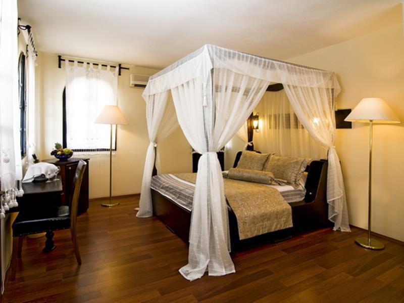 https://aventur.ro/assets/media/imagini_hoteluri/KUALTI/KUALTI-HotelPict8-22639.jpg