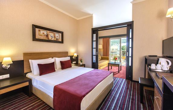 https://aventur.ro/assets/media/imagini_hoteluri/KUAQUA/KUAQUA-HotelPict5-18383.jpg