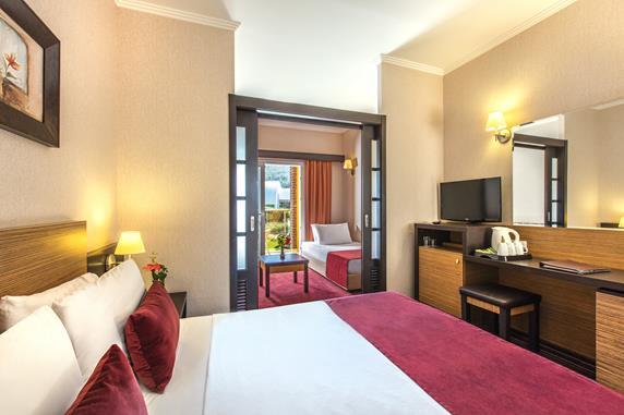 https://aventur.ro/assets/media/imagini_hoteluri/KUAQUA/KUAQUA-HotelPict6-18384.jpg