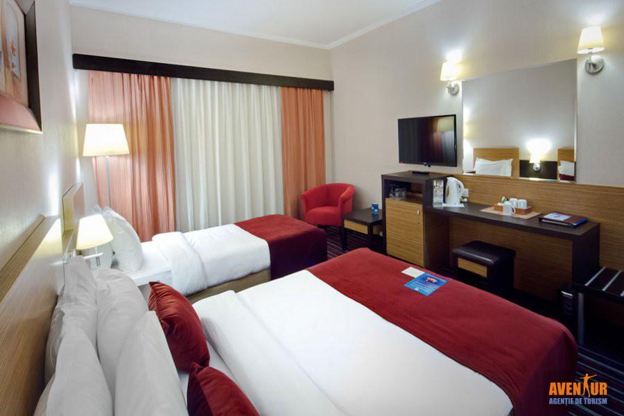 https://aventur.ro/assets/media/imagini_hoteluri/KUAQUA/Kusadasi_Aqua_Fantasy_Hotels_Spa_Aqua_park.jpg
