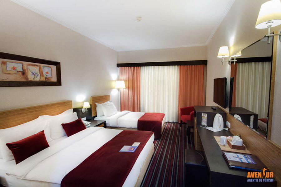 https://aventur.ro/assets/media/imagini_hoteluri/KUAQUA/Kusadasi_Aqua_Fantasy_Hotels_Spa_Aqua_park_1.jpg