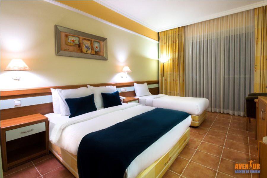 https://aventur.ro/assets/media/imagini_hoteluri/KUAQUA/Kusadasi_Aqua_Fantasy_Hotels_Spa_Aqua_park_2.jpg
