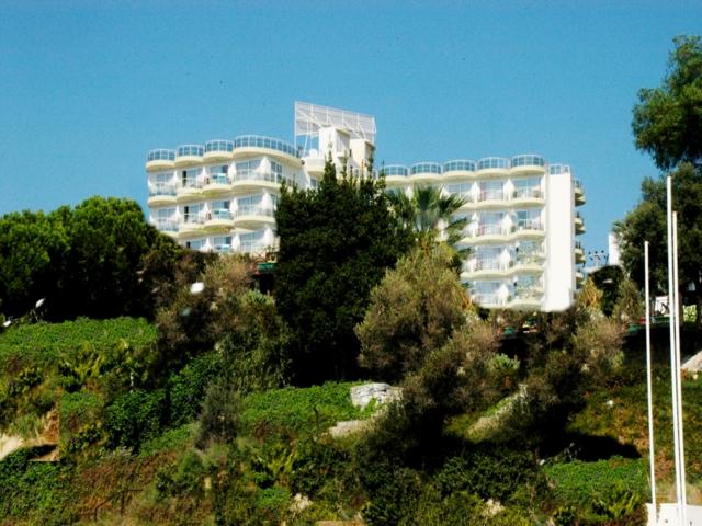 https://aventur.ro/assets/media/imagini_hoteluri/KUAROR/KUAROR-HotelPict1-4549.jpg