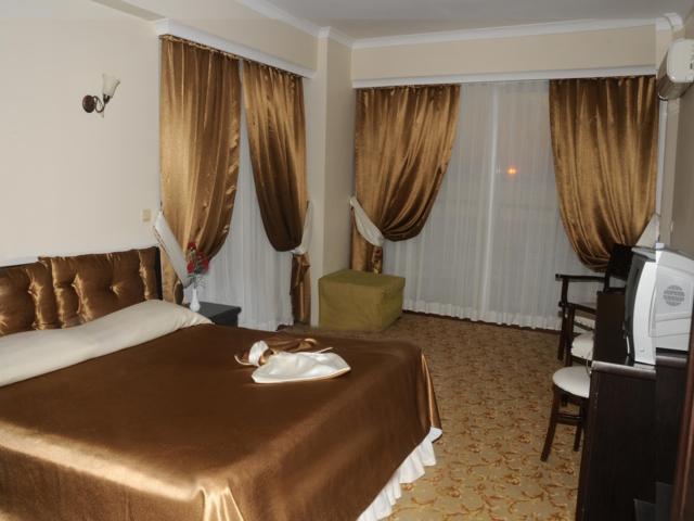 https://aventur.ro/assets/media/imagini_hoteluri/KUAROR/KUAROR-HotelPict2-4550.jpg