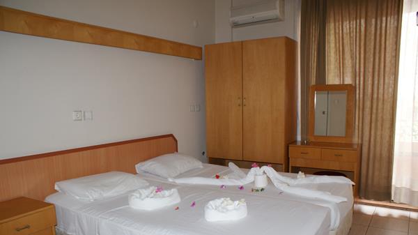https://aventur.ro/assets/media/imagini_hoteluri/KUCITY/KUCITY-HotelPict6-12651.jpg