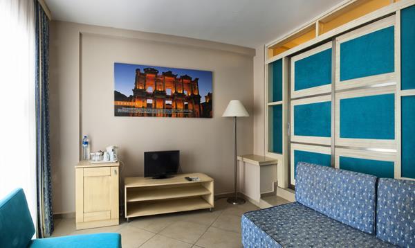 https://aventur.ro/assets/media/imagini_hoteluri/KUEHOL/KUEHOL-HotelPict5-12705.jpg