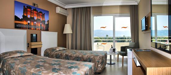 https://aventur.ro/assets/media/imagini_hoteluri/KUEPHE/KUEPHE-HotelPict8-18020.jpg