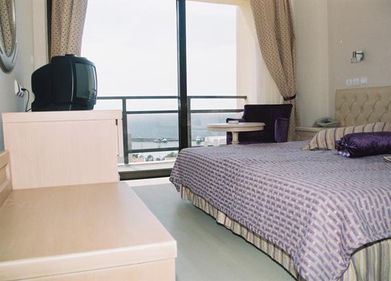 https://aventur.ro/assets/media/imagini_hoteluri/KUESAT/KUESAT-HotelPict4-12732.jpg