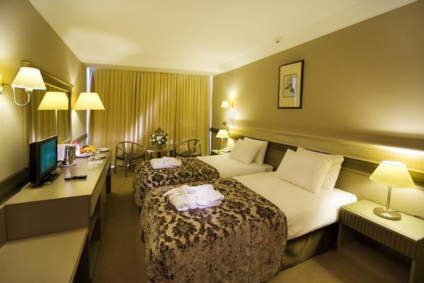 https://aventur.ro/assets/media/imagini_hoteluri/KUFANT/KUFANT-HotelPict6-12753.jpg