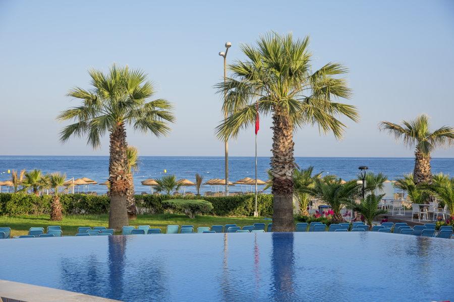 https://aventur.ro/assets/media/imagini_hoteluri/KUFLGA/Kusadasi_Flora_Garden_Ephesus_(11).jpg