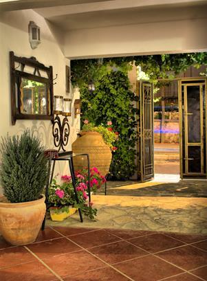 https://aventur.ro/assets/media/imagini_hoteluri/KUGATE/KUGATE-HotelPict10-12758.jpg
