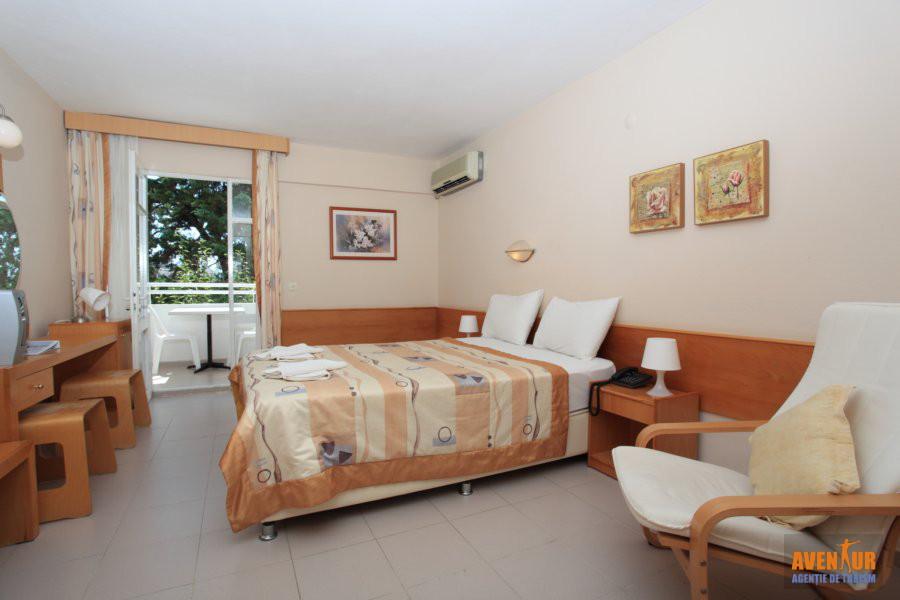 https://aventur.ro/assets/media/imagini_hoteluri/KUGATE/Kusadasi_Golden_Gate_Hotel_4.JPG