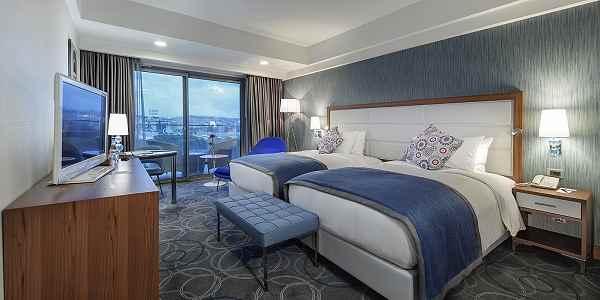 https://aventur.ro/assets/media/imagini_hoteluri/KUHILT/KUHILT-HotelPict3-22932.jpg