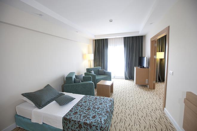 https://aventur.ro/assets/media/imagini_hoteluri/KUMARB/KUMARB-HotelPict14-11263.jpg