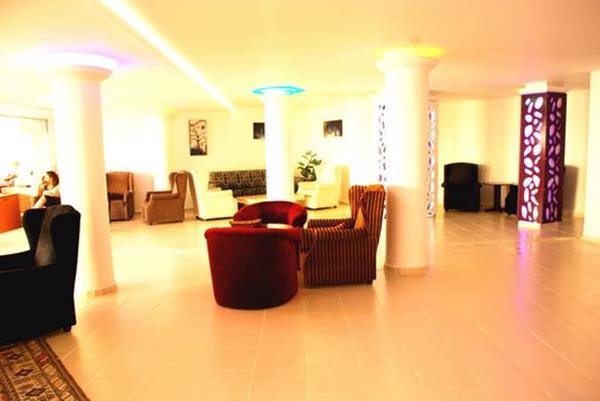 https://aventur.ro/assets/media/imagini_hoteluri/KUMART/KUMART-HotelPict4-15690.jpg