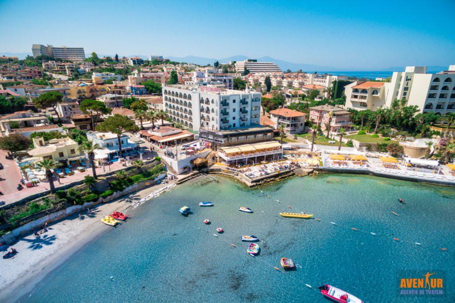 https://aventur.ro/assets/media/imagini_hoteluri/KUMART/Kusadasi_Marti_Beach_2.jpg