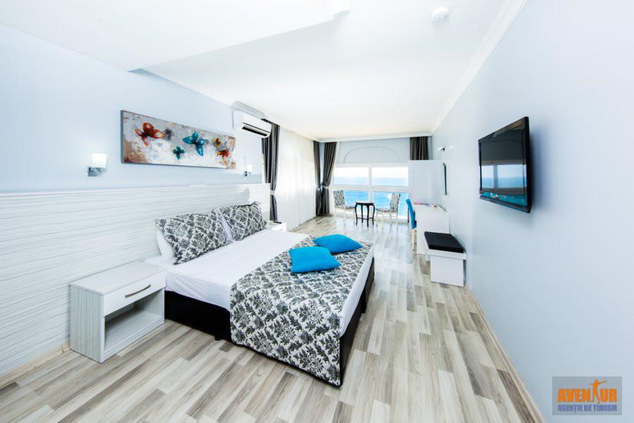 https://aventur.ro/assets/media/imagini_hoteluri/KUMART/Kusadasi_Marti_Beach_4.jpg