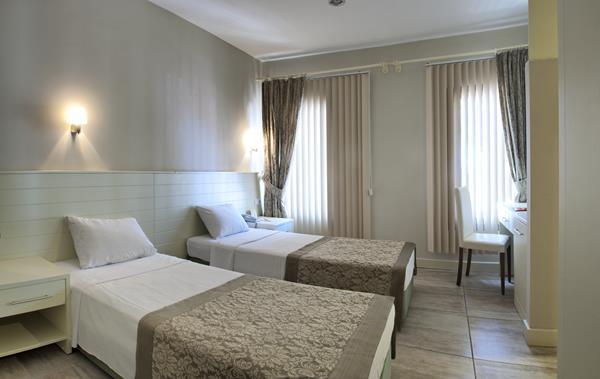 https://aventur.ro/assets/media/imagini_hoteluri/KUOMER/KUOMER-HotelPict3-13240.jpg