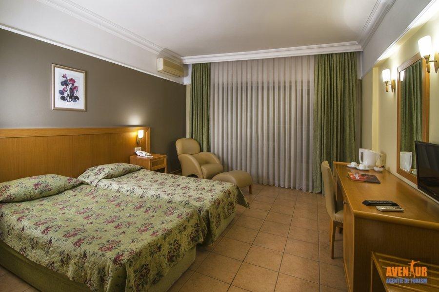 https://aventur.ro/assets/media/imagini_hoteluri/KUPAL/Palmin_Hotel_Kusadasi.JPG